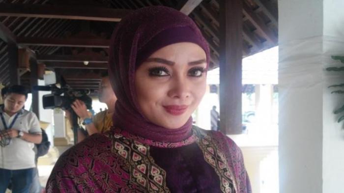 Terry Putri Jatuh Sakit Setelah Rumahnya Kemalingan, Brankas Berisi Perhiasan dan Tabungan Raib