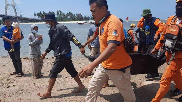 Gunakan Teknik Putar Tim SAR Gabungan Berhasil, Noval Ditemukan Tenggelam di Titik Awal