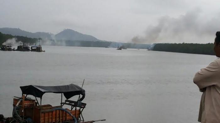 Nelayan dan Masyarakat Awasi Pulau Kianak-Teluk Kelabat dari Ponton Isap