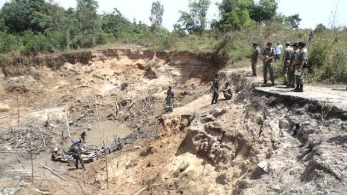 BREAKING NEWS: Pelimbang Timah Tewas Tertimbun Tanah Longsor