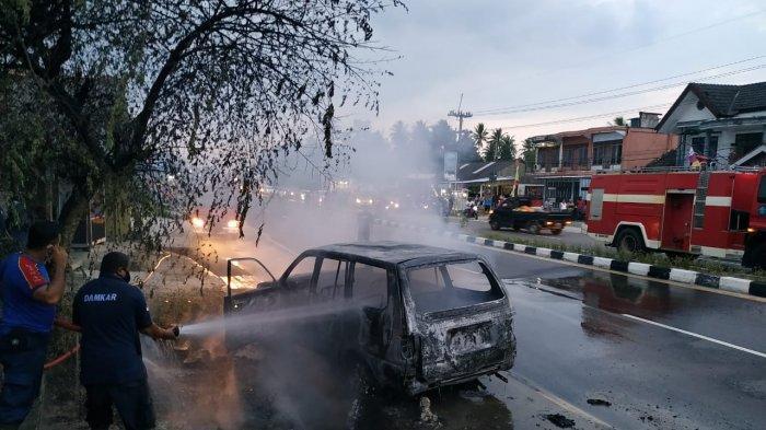Misteri Sopir Minibus yang Terbakar di Jalan Kenanga Sungailiat, Lari ke Arah Hutan dan Menghilang