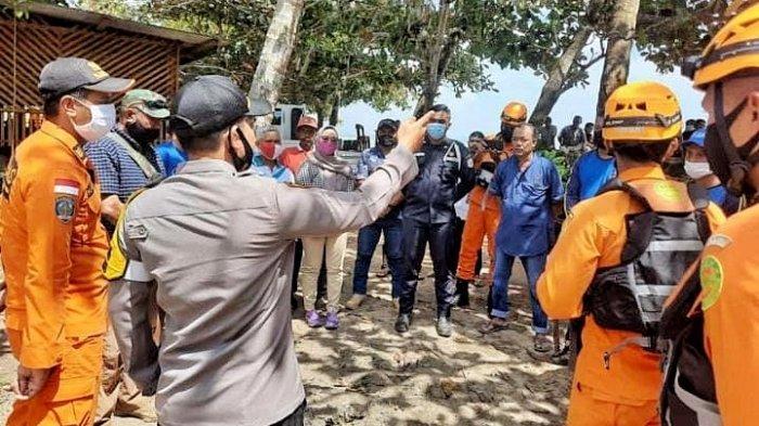Tim gabungan bergerak mencari Haldi (59) yang hilang terjatuh dari atas perahu mesin di perairan laut Tempilang