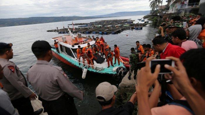 Beda dari AirAsia, Bangkai KM Sinar Bangun Tak Bisa Diangkat dari Dasar Danau Toba