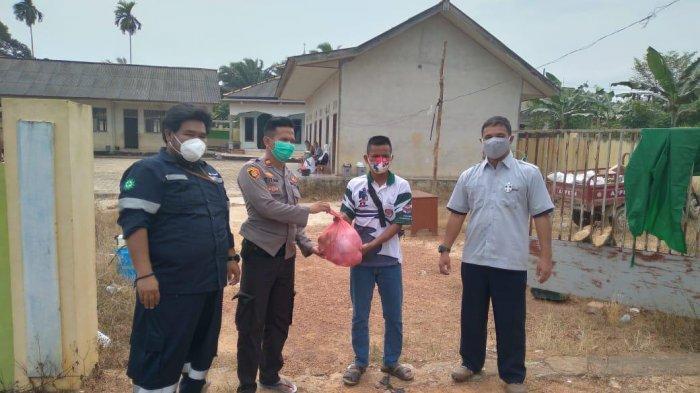 Ikut Cegah Covid-19 di Desa Bencah dan Delas, PT Timah Salurkan Suplemen Kesehatan untuk Masyarakat - timahh18.jpg