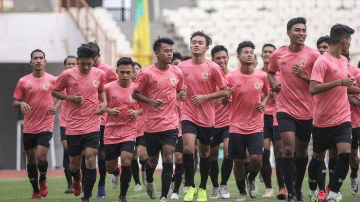 PUNGGAWA TImnas U-19 Indonesia Diminta Hindari 'Penyakit' Ini Selama Pemusatan Latihan