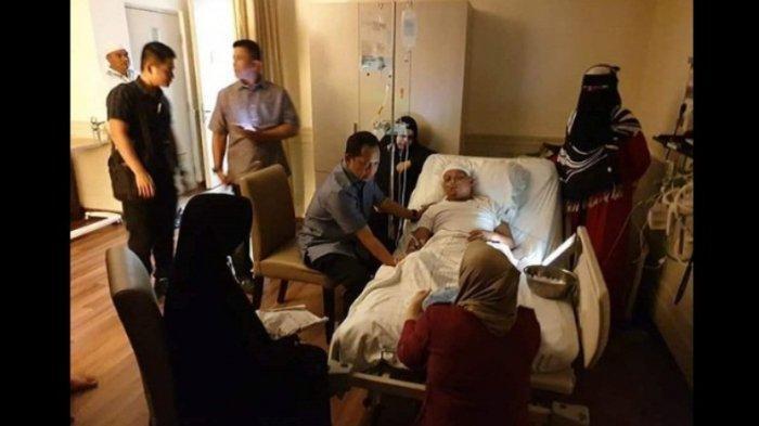 Ustaz Arifin Ilham Terbaring Lemah di Rumah Sakit, Begini Cara Istri Pertama Menyikapi Kondisinya