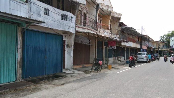 Hari Ketiga Imlek, Sebagian Toko di Pasar Muntok Masih Tutup