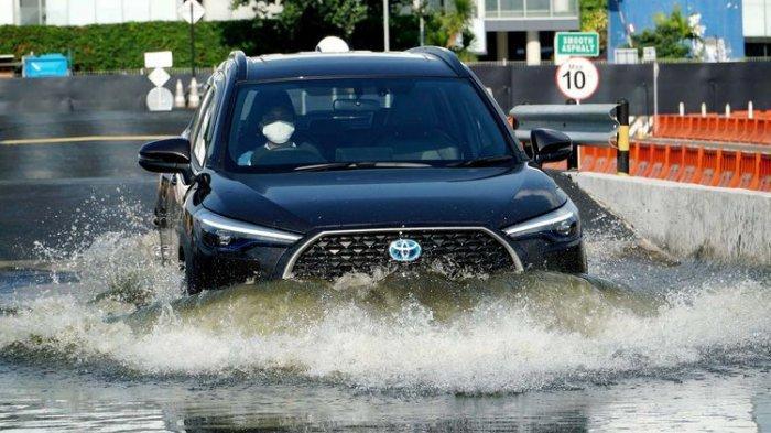 Tembus Target Sejak Diluncurkan, Penjualan Toyota Corolla Cross Hybrid Sudah Lebih dari 300 Unit