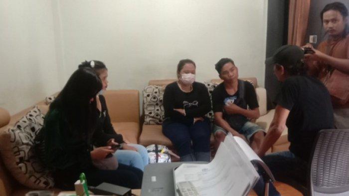 BREAKING NEWS: Dua Remaja Korban Trafficking Diamankan, Dipekerjakan di Kafe Esek-esek Teluk Bayur
