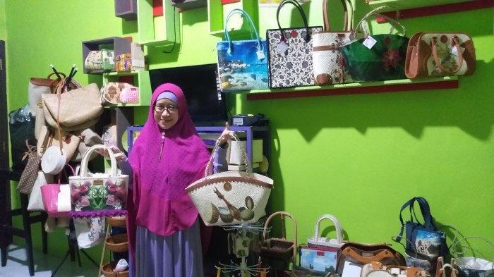 PROFIL: Berawal dari Penasaran,  3 She's Ca Decopageart Tembus Pasar Nasional