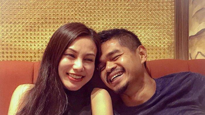 Bambang Pamungkas bersama istri pertamanya, Tribuana Tungga Dewi
