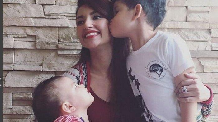 Kepedihan Hati Tsania Marwa Terbayar Lunas, Atalarik Syach Kehilangan Hak Asuh Kedua Anaknya