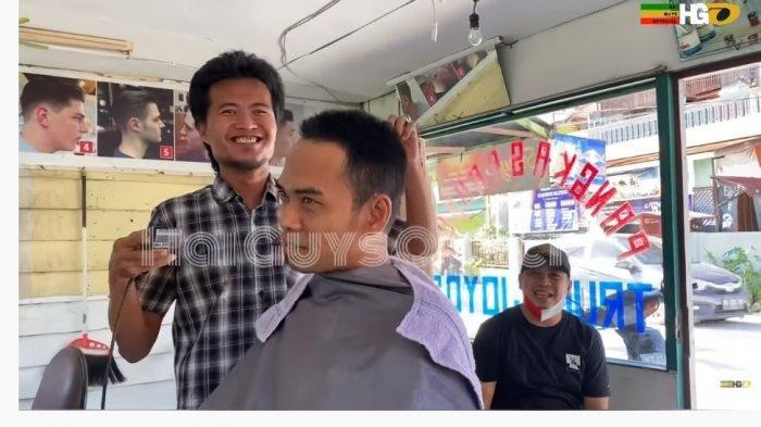 Reaksi Tukang Pangkas Rambut Saat Tahu Pelanggannya Ustaz Abdul Somad, Tak Disangka Ditanya Hal Ini