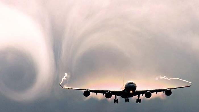 7 Fakta Terkait Turbulensi Pesawat, Jangan Khawatir Pilot Terlatih Hadapi Guncangan