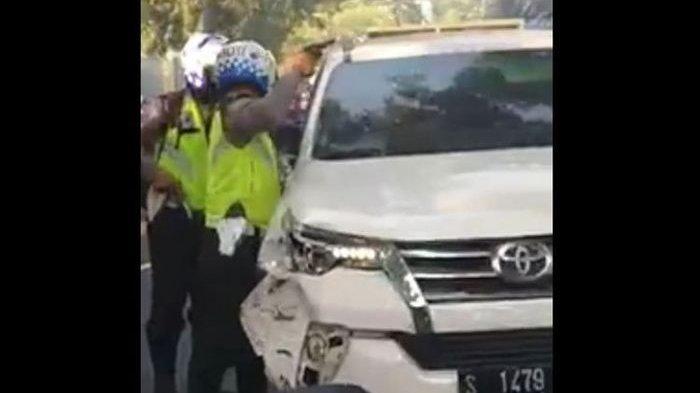 Sopir Mobil Pelaku Tabrak Lari Diamuk Warga hingga Masuk Rumah Sakit dan Jadi Tersangka