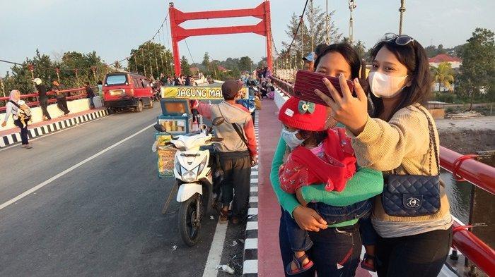 Pengaspalan Lanjutan Jembatan Jerambeh Gantung Ditargetkan Selesai Tahun Ini