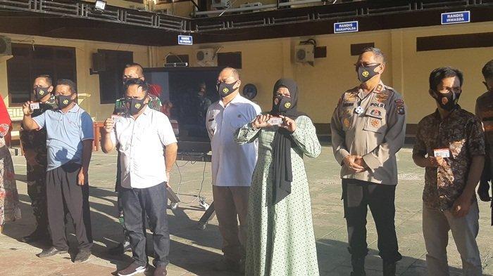 250 SIM Gratis Diserahkan Kapolda dan Gubenur Bangka Belitung