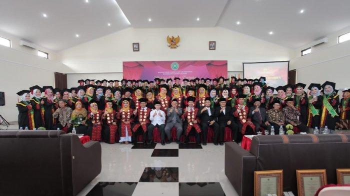 Kiki Cindiana Raih IPK Tertinggi Wisuda STKIP Muhammadiyah Bangka Belitung