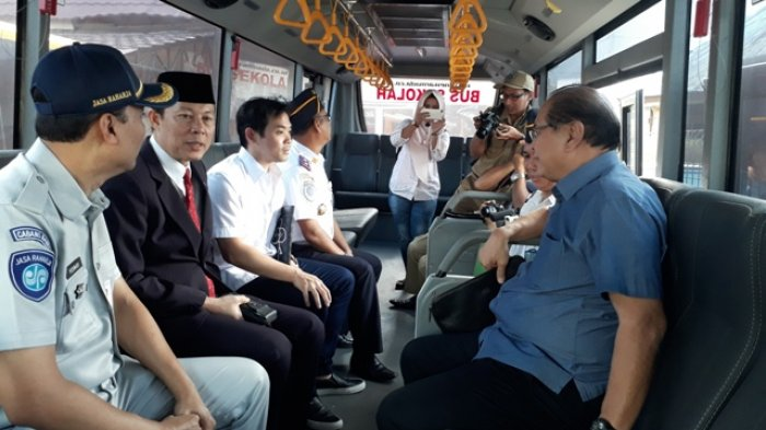 Pemprov Babel Dapat Dua Unit Bus Sekolah Senilai Rp 600 Juta