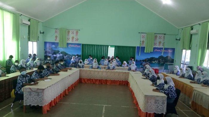 Program Jaksa Masuk Sekolah (JMS) Kejati Kepulauan Bangka Belitung di SMAN 3 Pangkalpinang.