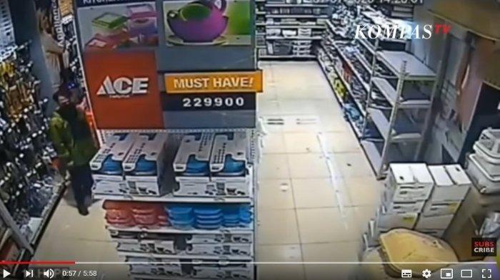Video Rekaman CCTV saat Yodi Prabowo Beli Pisau, Polisi Sebut Merk Pisau Khusus