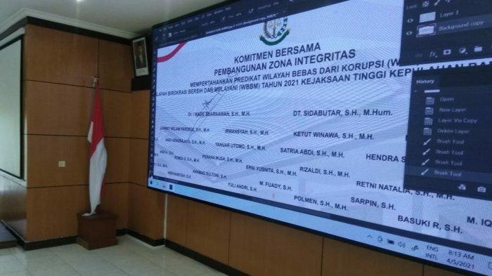 kegiatan penandatanganan secara Virtual komitmen bersama Zona Integritas guna mempertahankan predikat Wilayah Bebas dari Korupsi dan Wilayah Birokrasi Bersih dan Melayani Tahun 2021 Kejati Kepulauan Bangka Belitung.