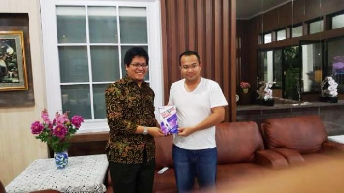 Putra Belitung Ini Ternyata Penulis Buku Kiat-Kiat Anti Korupsi