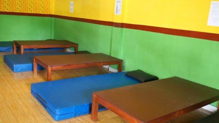Salah satu ruangan di Rumah Karantina Covid-19 desa Mislak, Kecamatan Jebus, Kabupaten Bangka Barat