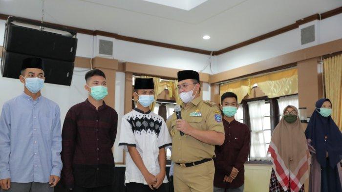 Gubernur Erzaldi Meyakini, Seorang Hafiz Qur'an akan Menambah Keberkahan Dalam Setiap Pekerjaannya