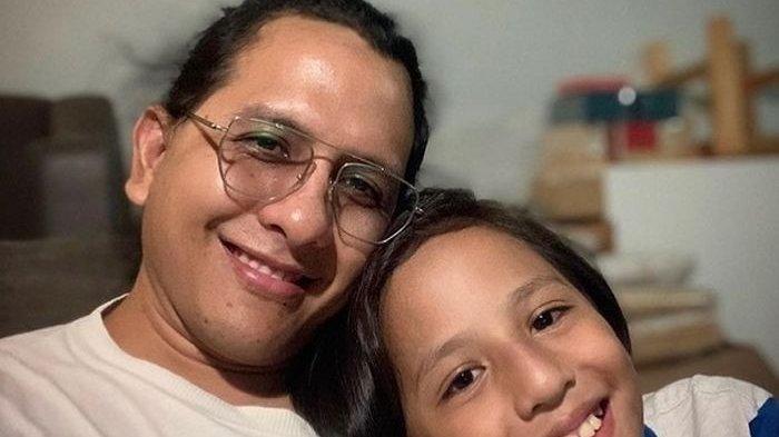 Raditya Oloan Sosok Penyayang Keluarga, Putra Kedua Joanna Alexandra Ungkap Kesedihan