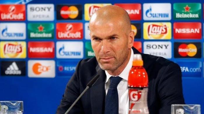 Real Madrid Pecat Zinedine Zidane, Klub Ini Siap Menampungnya