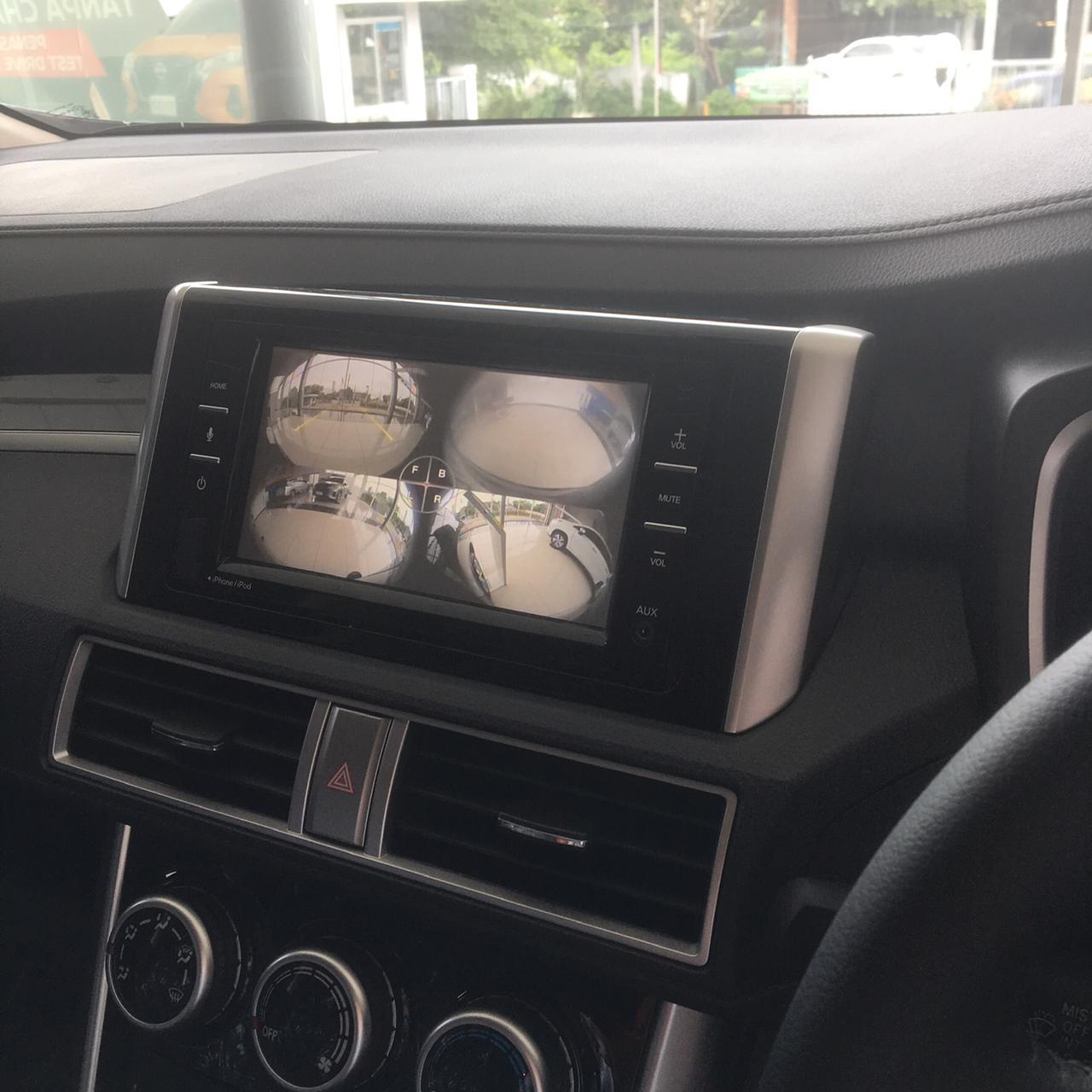 New Fitur bagian dalam mobil Grand Livina