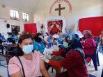 20210422-vaksin-massal-di-gereja-hkbp-pangkalpinang.jpg