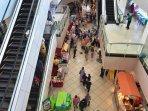 20210504-pusat-perbelanjaan-di-kota-pangkalpinang-ramai-pengunjung.jpg