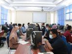 20210615-saat-calon-mahasiswa-melakukan-seleksi-bersama-di-ubb.jpg