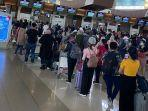 20210701-antrean-penumpang-di-bandara-soekarno-hatta.jpg