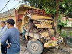 20210707-kondisi-satu-dari-empat-truk-yang-terlibat-kecelakaan-beruntun-di-pangkalanbaru.jpg