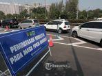 20210708-ilustrasi-kendaraan-terjebak-kemacetan-di-exit-tol-semanggi-tol-dalam-kota-jakarta.jpg