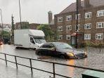 20210714-banjir-besar-merendam-london-inggris.jpg