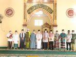 20210720-syahbudin-melaksanakan-shalat-idul-adha.jpg