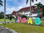 20210726-suasana-kantor-gubernur-provinsi-bangka-belitung-foto-diambil-pada-senin-2672021.jpg