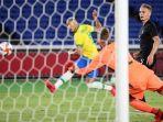 202107pemain-depan-brasil-richarlison-mencetak-tiga-gol-pertandingan-perdana-olimpiade-tokyo-2020.jpg