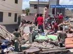 20210815-suasana-puing-bangunan-pasca-gempa-haiti-berkekuatan-m-72-pada-sabtu-1482021.jpg