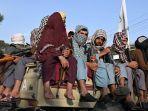 20210825-pejuang-taliban-patroli-di-kota-kabul-afganistan.jpg