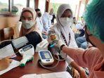 20210828-siswa-siswi-sma-negeri-1-muntok-menerima-dosis-vaksin.jpg