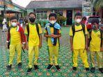 20210902-murid-sd-negeri-6-pangkalpinang-kianu-tengah-bersama-teman-temannya.jpg