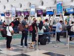 20210909-calon-penumpang-antre-di-bandara-polonia-medan.jpg