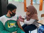 20210922-vaksinasi-pelajar-smp-di-koba.jpg
