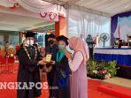 20211210-wisuda-mahasiswa-ubb.jpg