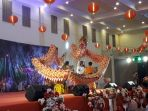 aksi-barongsai-membuka-acara-cap-go-meh-di-gedung-setia-bhakti-pangkalpinang_20180302_213943.jpg